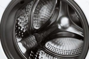 wnętrze bębna pralki